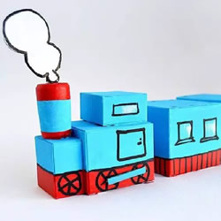 儿童火车模型制作方法 废纸盒做火车的教程
