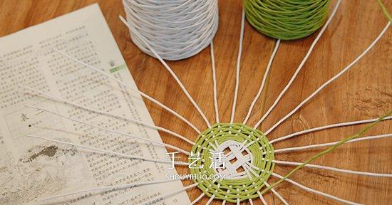 漂亮的纸藤手工制作 包括花瓶、笔筒和收纳篮 -  www.shouyihuo.com