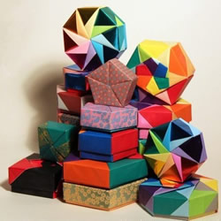 手工折方形盒子的方法 正方形纸盒折纸图解
