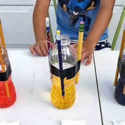 """小苏打和醋的化学小实验:""""一飞冲天"""""""