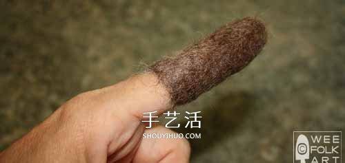 又丑又可爱!简单羊毛毡小老鼠手工制作图解 -  www.shouyihuo.com