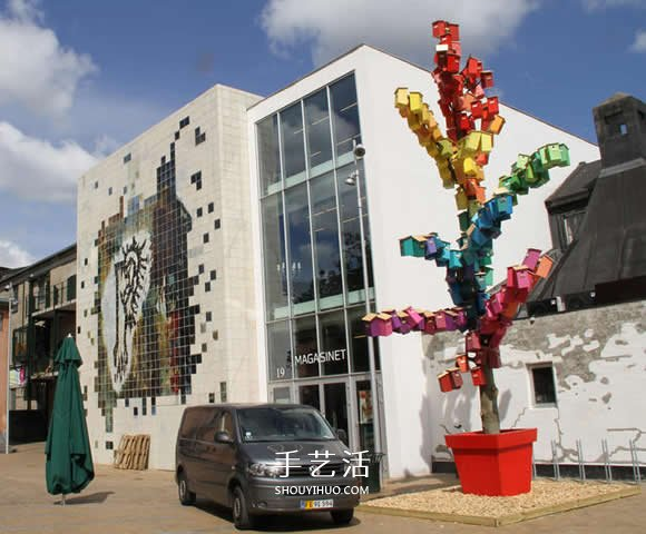 回收木头打造彩色鸟屋 让鸟儿找到栖息之地 -  www.shouyihuo.com