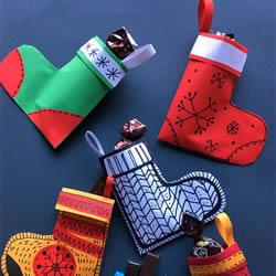 卡纸手工制作圣诞袜 幼儿圣诞袜的简单做