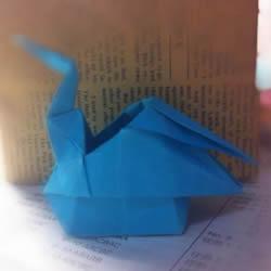 千纸鹤收纳盒怎么折 折纸可做收纳盒的千纸鹤