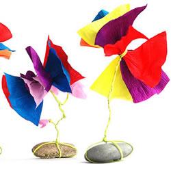 幼儿皱纹纸手工花制作 最简单皱纹纸花的做法