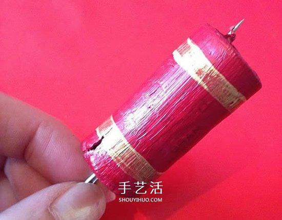 红酒瓶塞制作爆竹 做一个喜庆的春节新年挂饰 -  www.shouyihuo.com