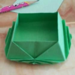 简单手工折纸盒子图解 漂亮的正方形纸盒折法