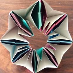 多张纸折花的方法图解 立体八瓣花的折法步骤