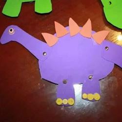 卡纸做恐龙玩具的方法 全身关节都可以活