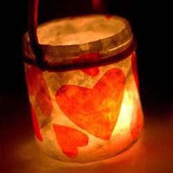 情人节浪漫灯笼的做法 玻璃瓶DIY爱心灯笼图解
