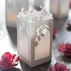 精美的中国风灯笼 卡纸做雕花纸灯笼的方法