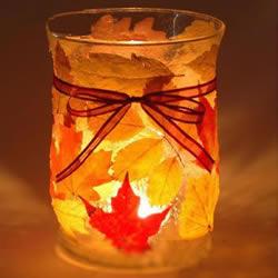梦幻玻璃瓶灯笼DIY 把落叶贴到玻璃瓶上做成