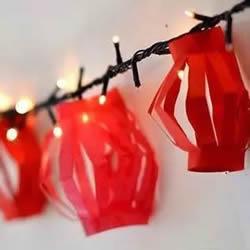 儿童手工做新年纸灯笼 简单红灯笼的做法图解
