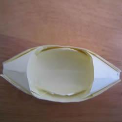 儿童乌篷船的折法图解 怎么折纸乌篷船的方法
