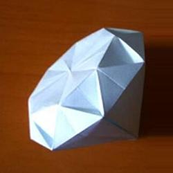 情人节做一个小礼物 手工折纸立体钻石的折法