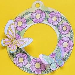 期盼春天的到来!卡纸做蝴蝶花环挂饰的方法