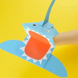 简单做纸鲨鱼的教程 好玩鲨鱼手偶的折纸图解