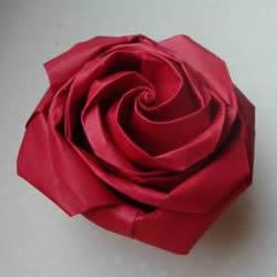 代表美丽和爱情!手工折纸卷心玫瑰步骤图解