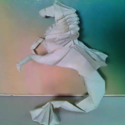 超多步骤折纸教程!漂亮海马的折纸方法图解