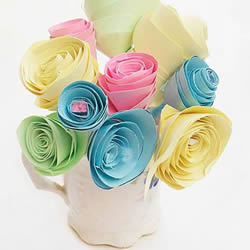 教师节纸花手工制作 卡纸做花朵的简单方法