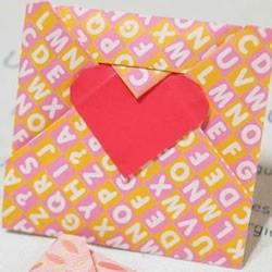 情书信封怎么叠图解 把情书折成爱心信封折法