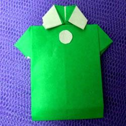 怎么折男T恤的图解教程 手工折纸T恤简单折法