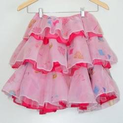自制荷叶边裙的方法 小女孩荷叶边裙子做法
