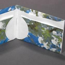 折纸皮夹钱包的教程 带卡包功能纸钱包的折法