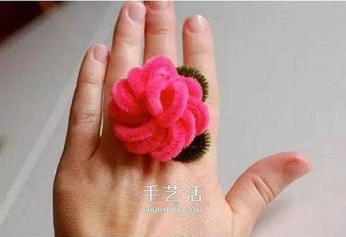 扭扭棒花朵戒指的做法 幼兒手工製作戒指教程