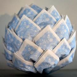 餐巾纸做三角插手工 三角插花球收纳盒图解