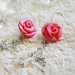 超轻粘土做玫瑰花 DIY好看玫瑰花耳环的方法