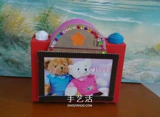 幼兒園手工作品圖片 廢物利用做的漂亮相機