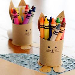 废物利用做笔筒的方法 简单可爱小兔子笔筒DIY