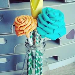 海绵纸折玫瑰花步骤 手工海绵纸花也能这么美!