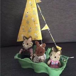 用鸡蛋托做小船的方法 儿童废物利用DIY帆船