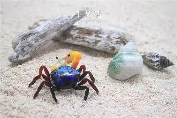 逼真到极致的昆虫玻璃雕塑 按照一比一还原! -  www.shouyihuo.com
