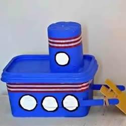塑料餐盒和酸奶杯废物利用 DIY制作动力船玩具
