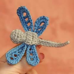 钩织蜻蜓的钩法图解 可用作衣物上的漂亮装饰