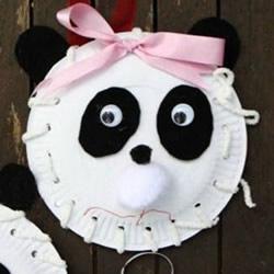 用纸盘制作大熊猫挂饰 简单又可爱的幼儿DIY