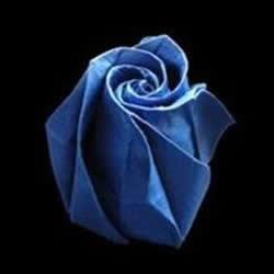 怎么折玫瑰花的花蕾 手工玫瑰花蕾的折法图解