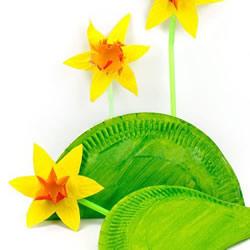 幼儿园手工制作水仙花 简单废物利用做水