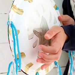 自制简易手鼓的方法 怎么做纸盘手鼓的教