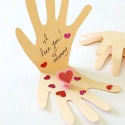 创意母亲节贺卡的做法 自制手掌卡片的教程