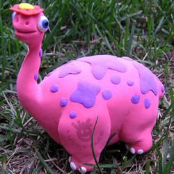 恐龙也能这么可爱!卡通橡皮泥恐龙手工制作