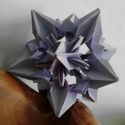 手工星空花球的折法�D解 就像�U空的�l光星星