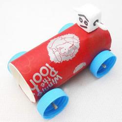 幼儿园玩具跑车的做法 DIY卷纸筒赛车的方法