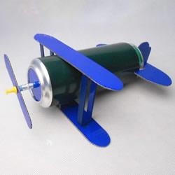 啤酒易拉罐废物利用 手工制作老式飞机模