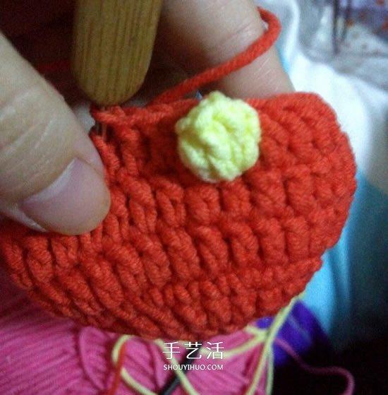 保溫又防燙手!冬天玫瑰花毛線杯套編織圖解