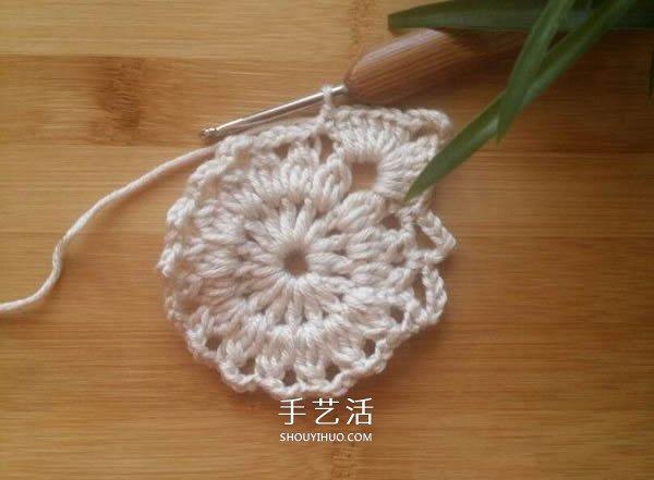 由單元花組合而成!手工鉤針編織漂亮毯子圖解