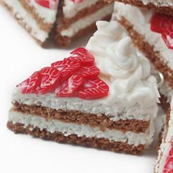 粘土草莓切片制作步骤图解 做一个超逼真蛋糕